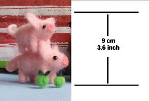 Needle-Felted-Animal-2-little-pink-pig-Wool-Art-Sculpture-ooak