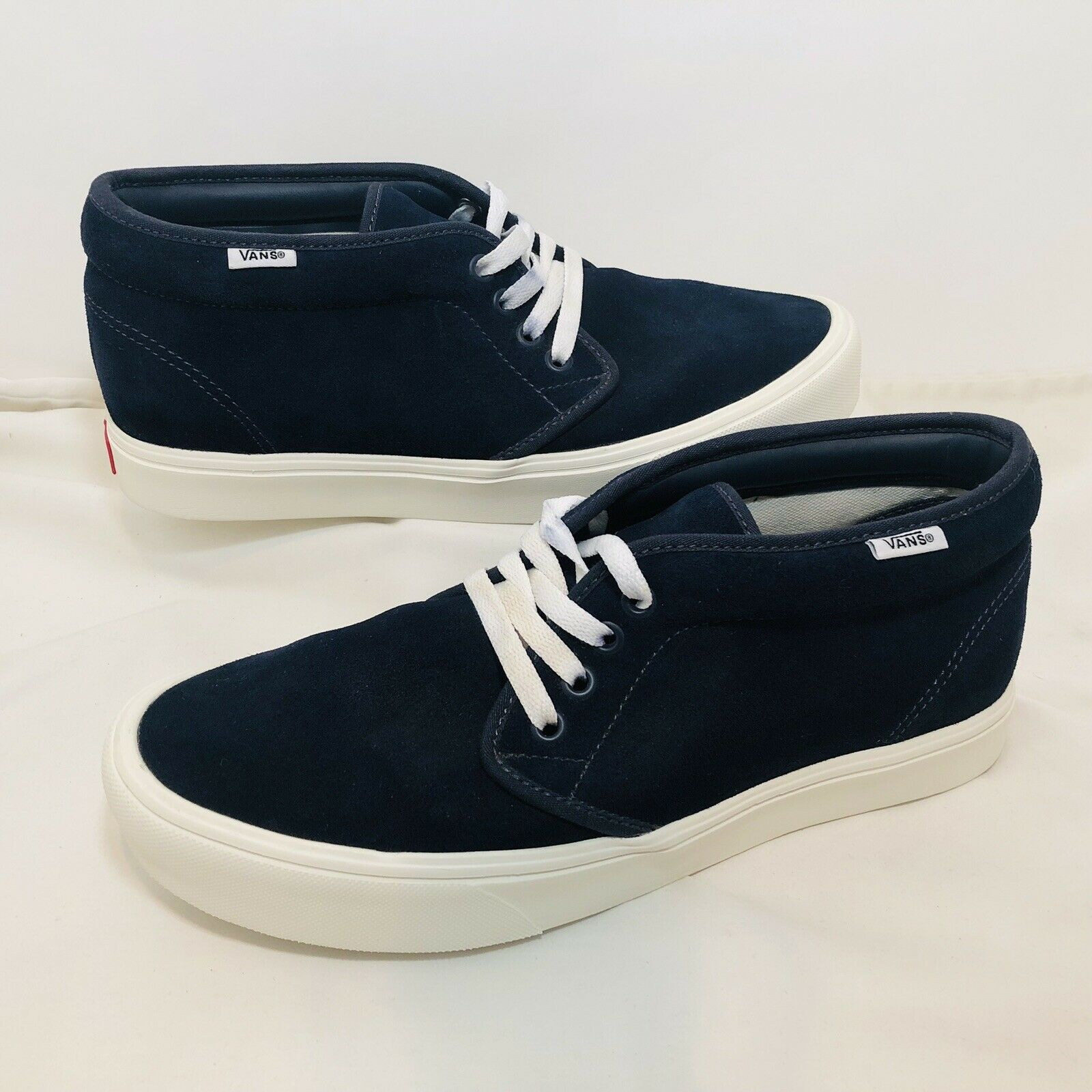Vans Mens Suede Mid Top Sneakers Size 9 Mens