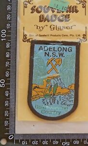 VINTAGE-ADELONG-AUSTRALIA-EMBROIDERED-SOUVENIR-PATCH-WOVEN-CLOTH-SEW-ON-BADGE