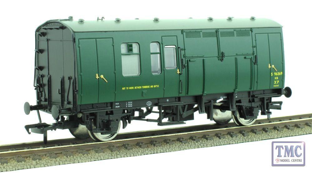 38-528Z Bachmann SR Grün NRM Horse Box (Single) With Strengthening Bars