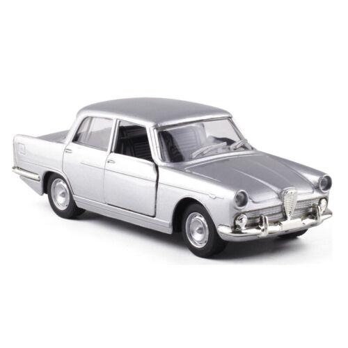 Alfa Romeo FNM 2300 1960 1:43 Metall Die Cast Modellauto Silber Spielzeug