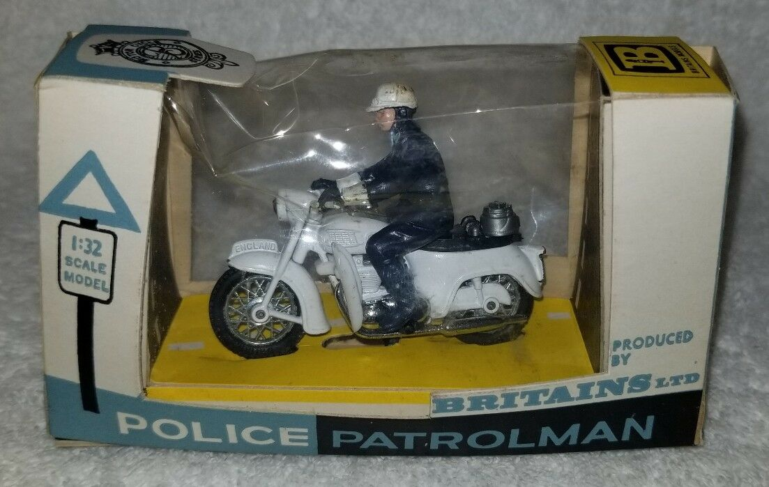 Britains LTD Police Patrolman  9697  Made in England 1 32 scale. RARE. (11B)