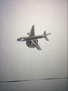 Boeing-757-C56-Aircraft-Jet-Airliner-English-Pewter-Pin-Badge