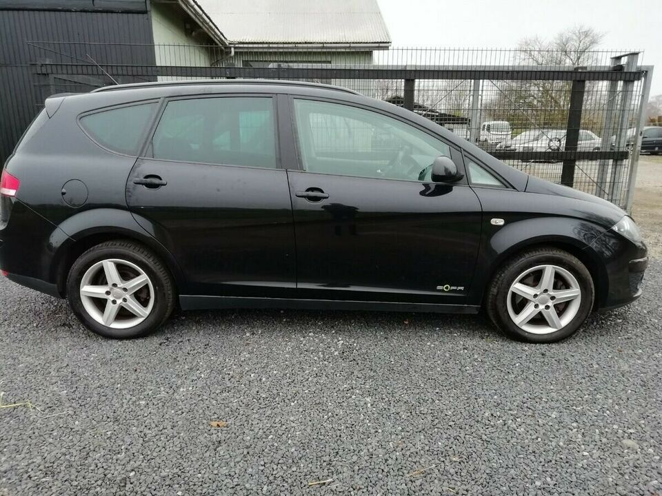Seat Altea XL 1,6 TDi Style eco Diesel modelår 2013 km 162000