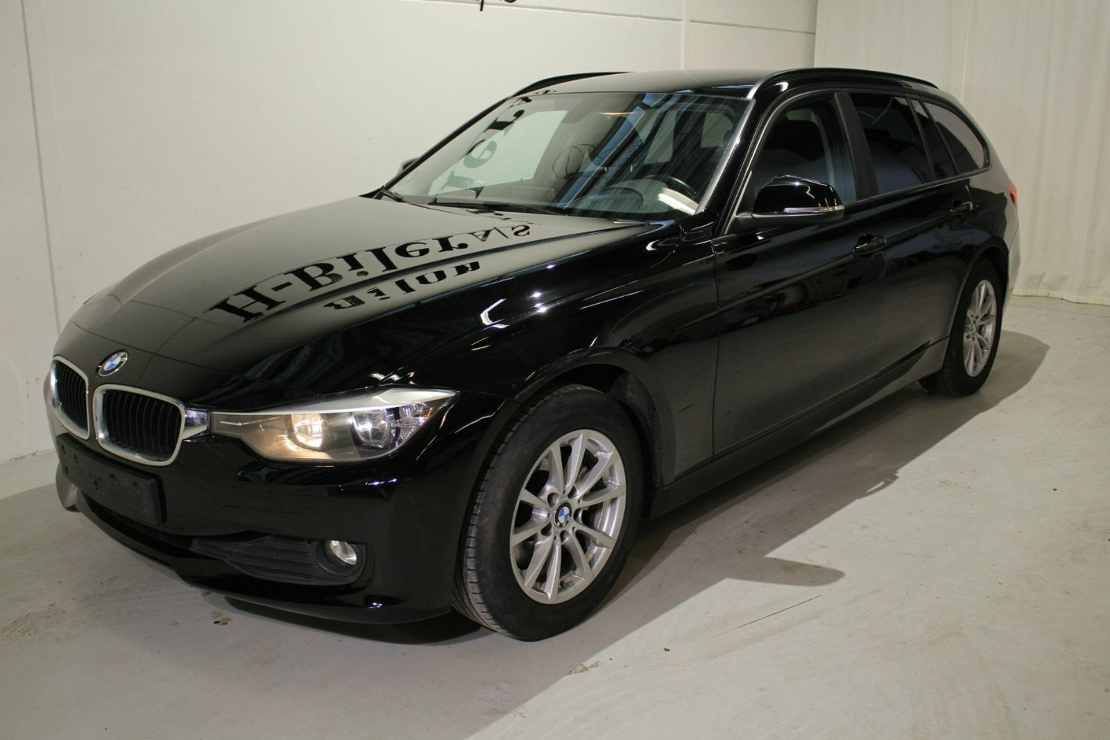 BMW 320d 2,0 Touring aut. 5d - 249.800 kr.