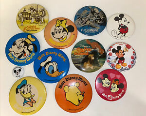 VINTAGE-DISNEY-BUTTON-PIN-BACK-LOT-of-1-Mickey-Minnie-Disneyland-World-Pinback