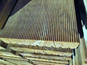 Pavimento Esterno Legno : Parquet esterno in legno impregnato decking pavimento