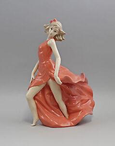 9973009-Porcelaine-Figurine-Danseuse-dans-Rouge-Robe-Second-Choix-23x33cm