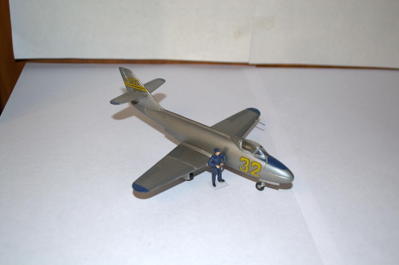 1 72 PROFESSIONAL BUILT MODEL AIRPLANE RUSSIAN YAK-32