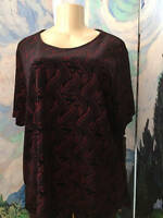 Tanjay Plus 2x Black/red Textured Swirl Sparkle Short Sleeve Tunic Top