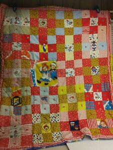 VTG-Raggedy-Ann-Andy-9-Patch-Quilt-Throw-Blanket-43-034-w-x-52-034-h-Embroidered-6D1