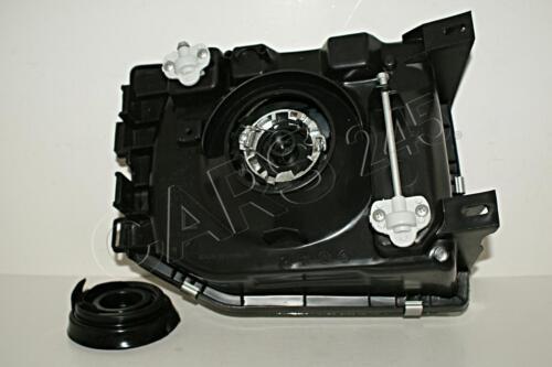 92-94 Mitsubishi Pajero Montero V32 V34 SJ45 Manual Headlight Front lamp Left 93