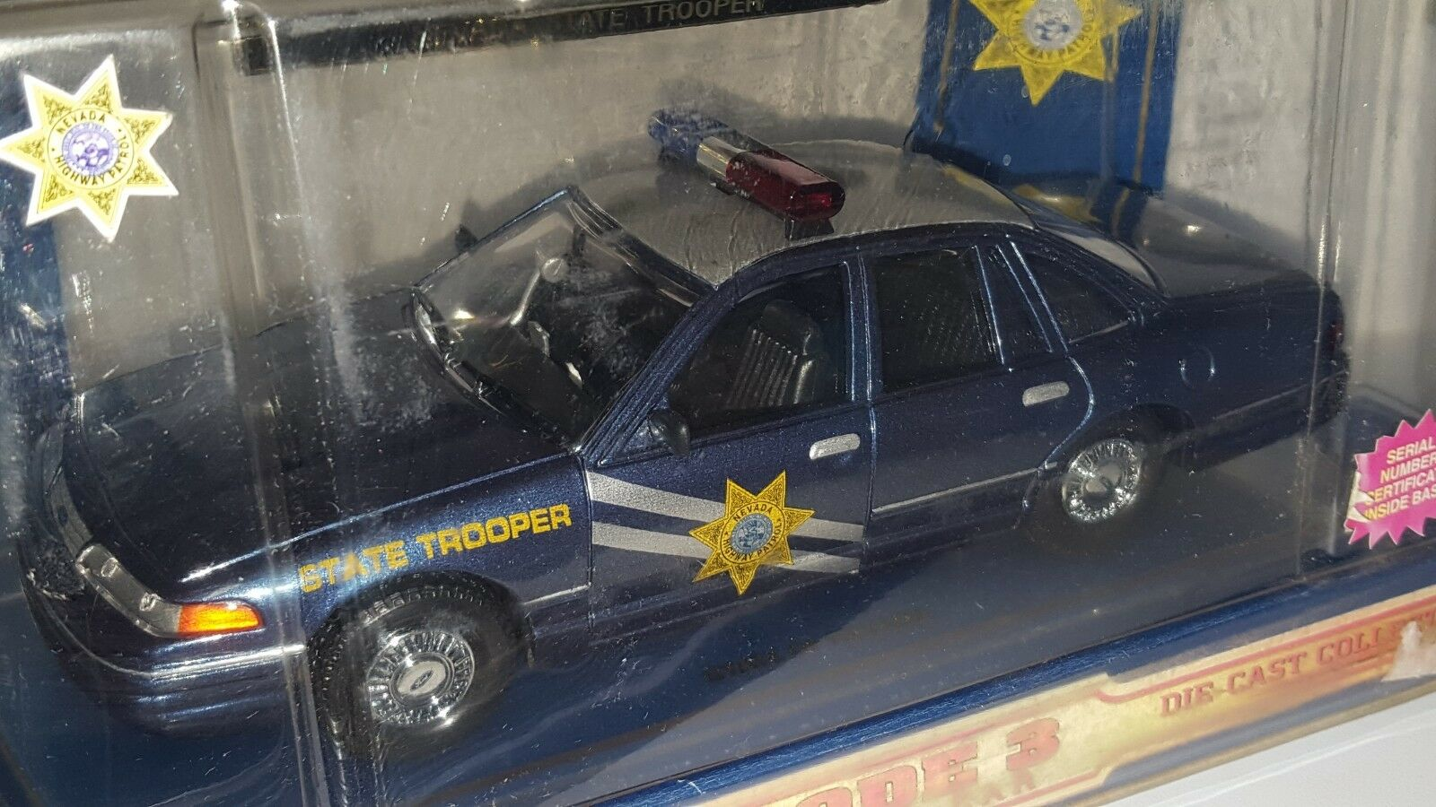 1 24 CODE 3 NEVADA HIGHWAY PATROL STATE TROOPER FORD CROWN VICTORIA blu