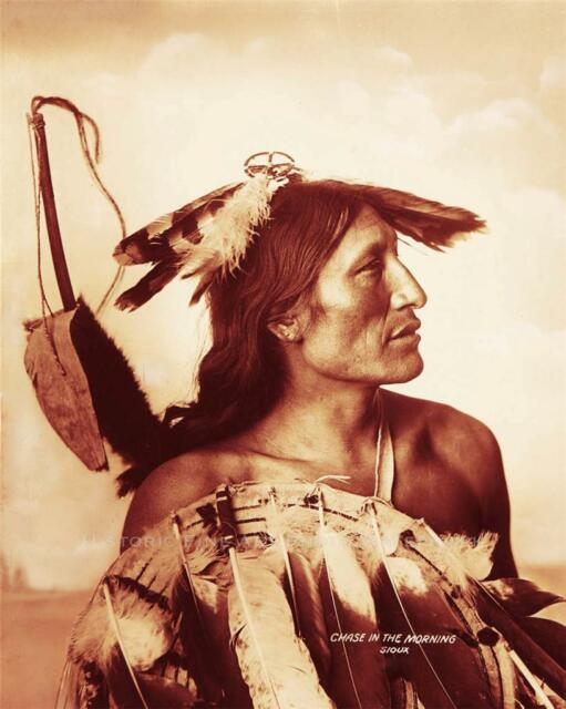 LAKOTA SIOUX WARRIOR CHASE IN THE MORNING PHOTO NATIVE AMERICAN INDIAN  #21304