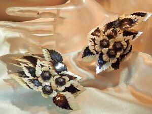 XX-FAB-Massive-Black-amp-White-Rhineston-Flower-Vintage-50-039-s-Clip-On-Earrings-70F8
