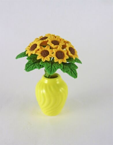 R603 Dollhouse Miniature Sunflowers in Yellow Vase