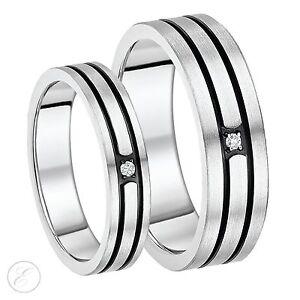 El-Y-Ella-5-Y-7-Mm-Titanio-Tres-Diamantes-Negro-Acanalado-Set-De-Alianzas