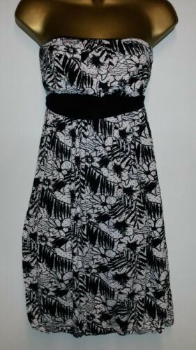 NEW STRAPLESS SUMMER DRESS BLACK WHITE RED SPOTS TIE/'S  AT THE BACK