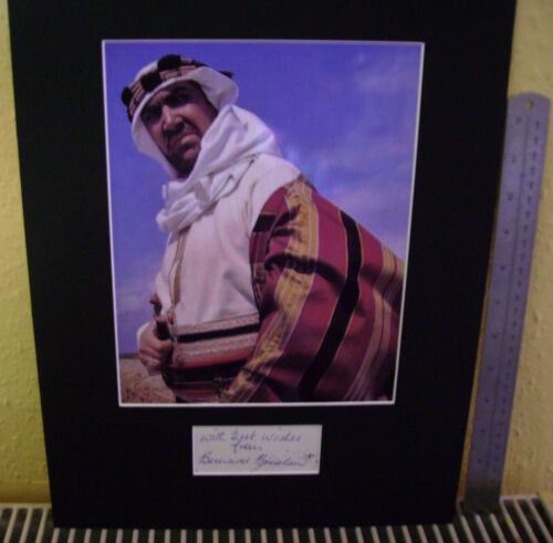 BERNARD BRESSLAW CARRY ON LEGEND TOP QUALITY SIGNED AUTOGRAPH DISPLAY UACC