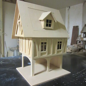 Dolls-House-1-12-scale-The-Ipswich-Mediaeval-Timber-Building-KIT-DHD-209