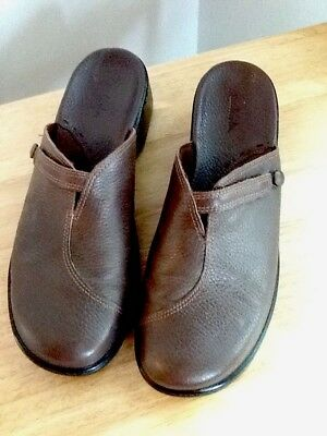 Clarks Womens Shoe Brown Pebbled Leather Casual Mules Clogs 71411 Slip On 9 M | eBay