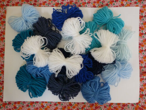 JOB LOT 20 x 10m assorted wool yarn skeins in 7 variations choose yours!
