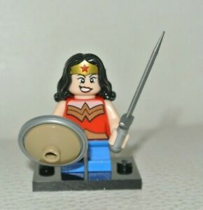 LEGO SUPER HEROES MICRO Wonder woman car only Minifig New from set 76070