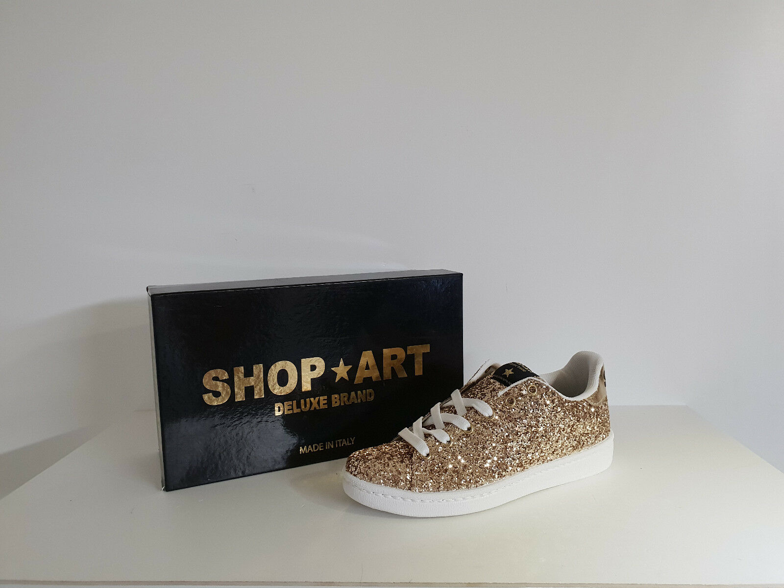 Shop Brt Frau Turnschuhe Rabatt - 50 % art. sa - 8043 - Far. Gold glitter