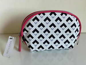 KENNETH-COLE-REACTION-BLACK-WHITE-SMALL-DOME-TRAVEL-MAKEUP-COSMETIC-POUCH-CASE