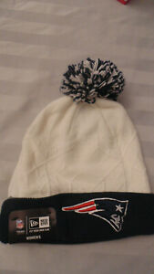 New England Patriots New Era Winter Hat Cap Tuque Beanie Womens New ... b6cfb735a10