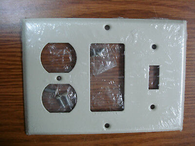 Metal//Brass Western Southeast Texas Decor Armadillo Outlet//Light Switch Cover