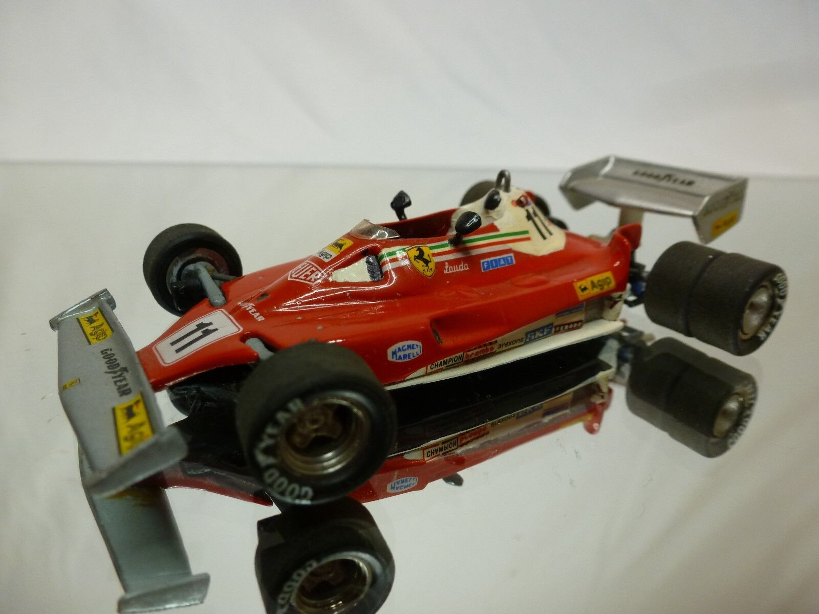 FDS  KIT (built) -  FERRARI 312 T2 1977 - 6 WHEELER  -  F1  1:43  NICE CONDITION