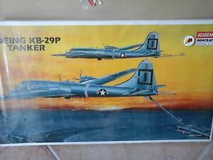 BOEING-KB-29-P-TANKER-KOREA-WAR-1-72-SCALE-ACADEMY-MODEL-LIMITED-EDITION