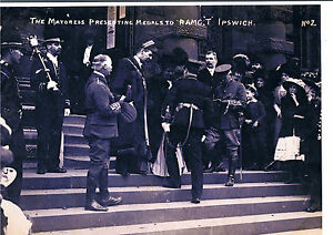 Details about PHOTOGRAPH MAYORESS PRESENTING MEDALS TO ROYAL ARMY MEDICAL  CORP T IPSWICH C1912