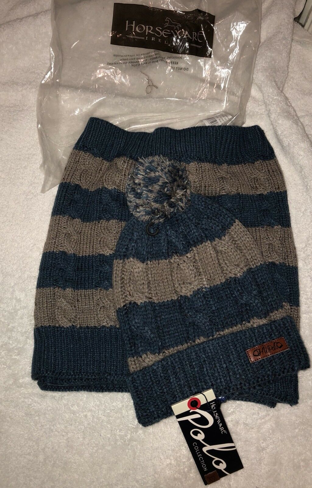 Horseware Ireland Knitted Hat & Scarf bluee Jean  NWT  outlet online