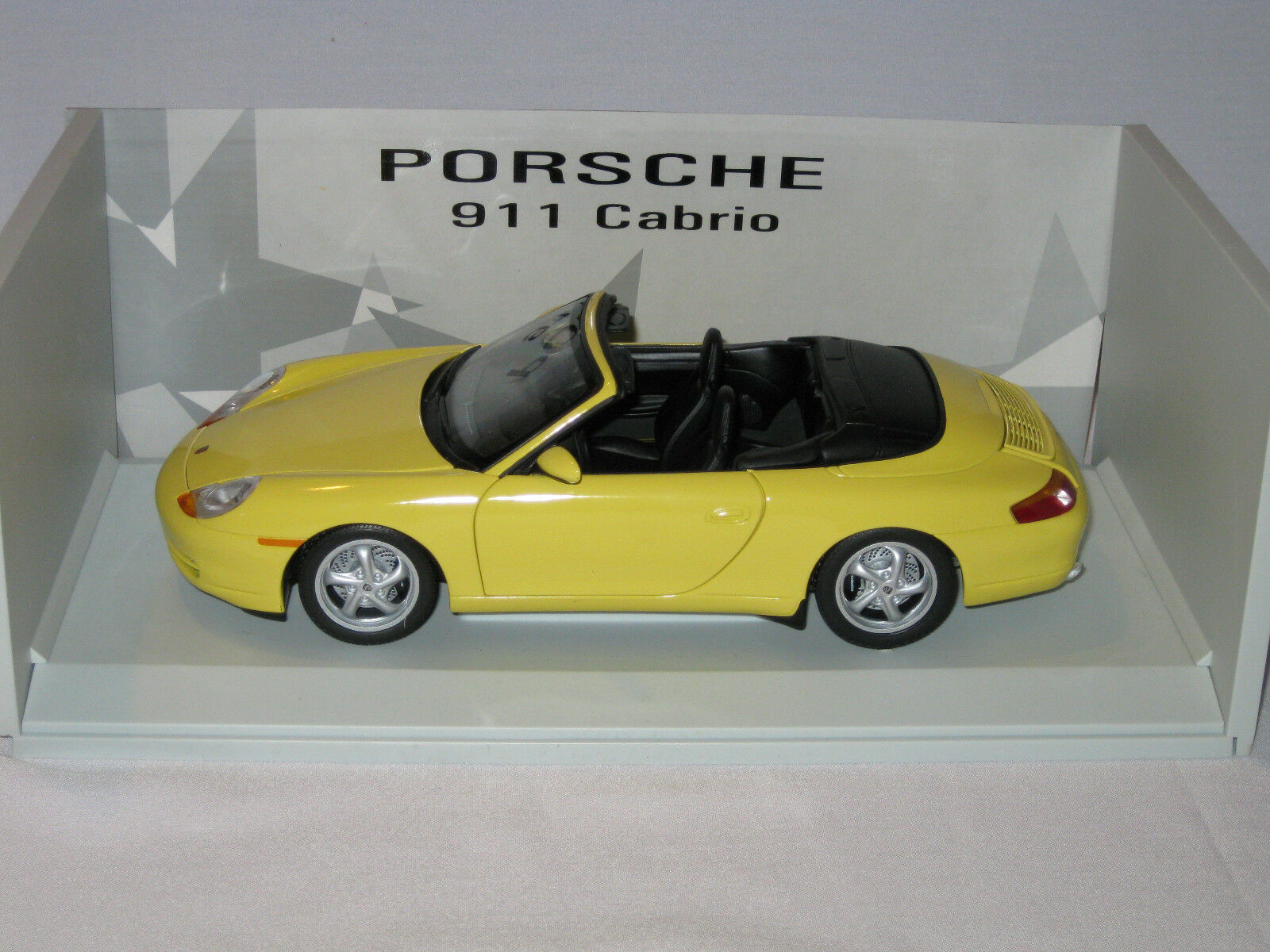 RARE UT MODELS PORSCHE 911 CABRIO  - EXCELLENT BOXED CONDITION