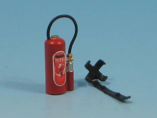 Bausatz für Feuerlöscher mit Wandhalterung im Maßstab 1:22,5 86560 B