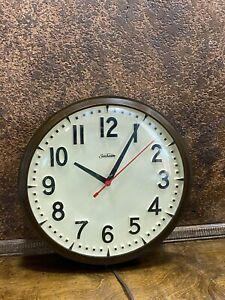 Vintage-Sunbeam-13-034-Electric-School-Wall-Clock-Shop-Industrial-Steampunk-WORK