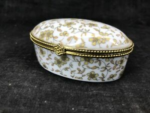 Porcelana-Antigua-Caja-A-Pastilla-De-Forma-De-Oval-Decorado-Floral