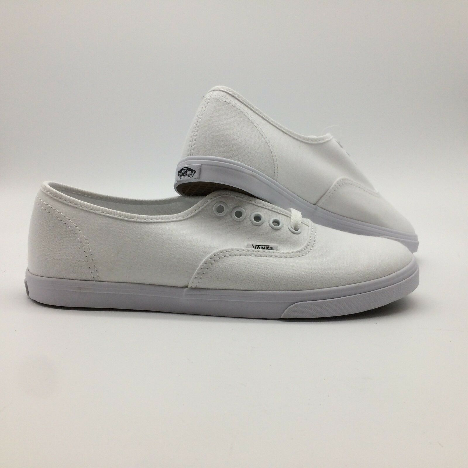 Vans Men's shoes's  Authentic Lo Pro  -- True White True White