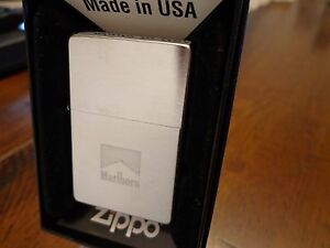 MARLBORO PACK DESIGN BRUSH CHROME ZIPPO LIGHTER MINT IN BOX 2004 RARE