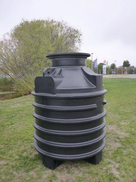 Regenwasser Sammelschacht 1500 L - inkl. Zulaufbohrung und passender Abdeckung