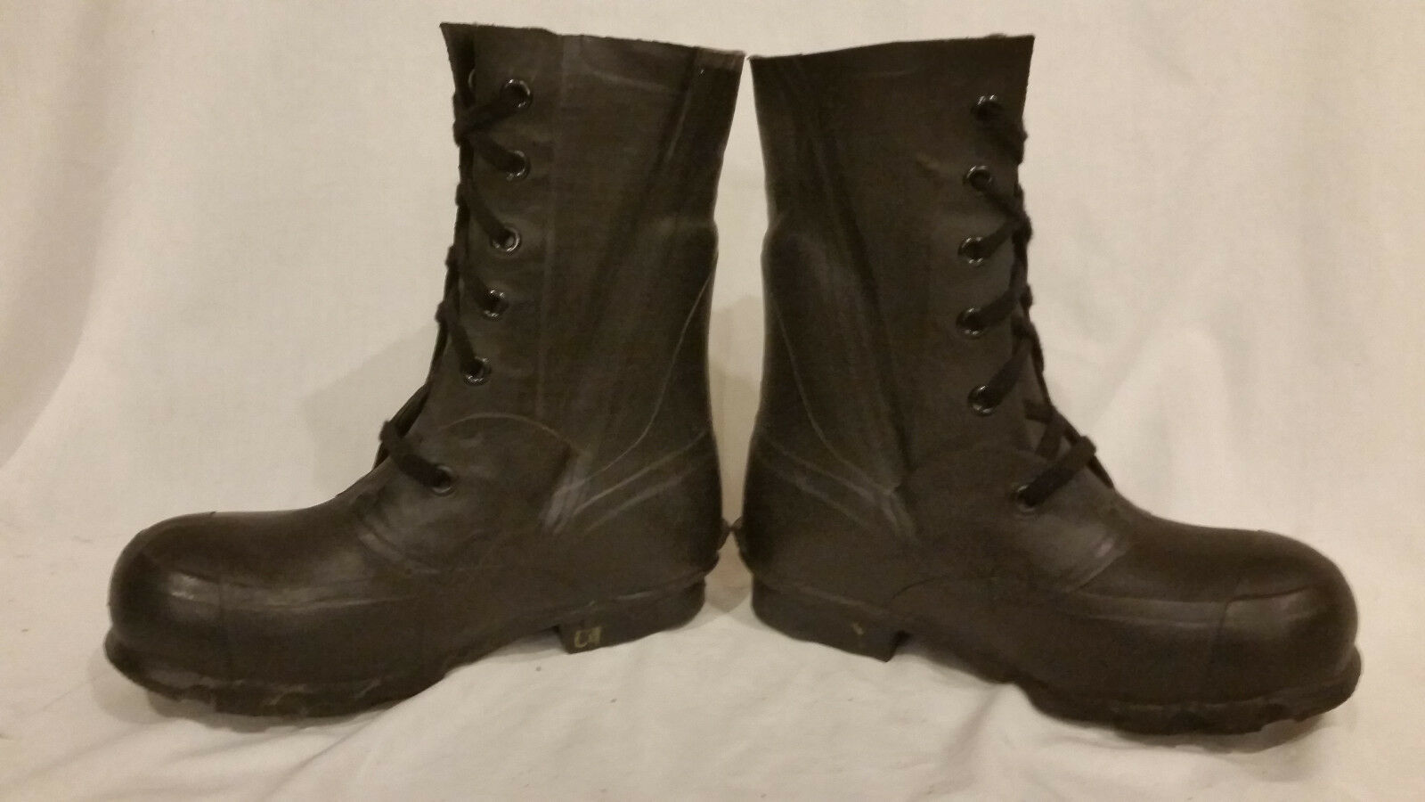 BRISTOLITE QMC EXTREME ARCTIC COLD WEATHER MICKEY MOUSE BOOTS NO VALVE 5R JJ 506