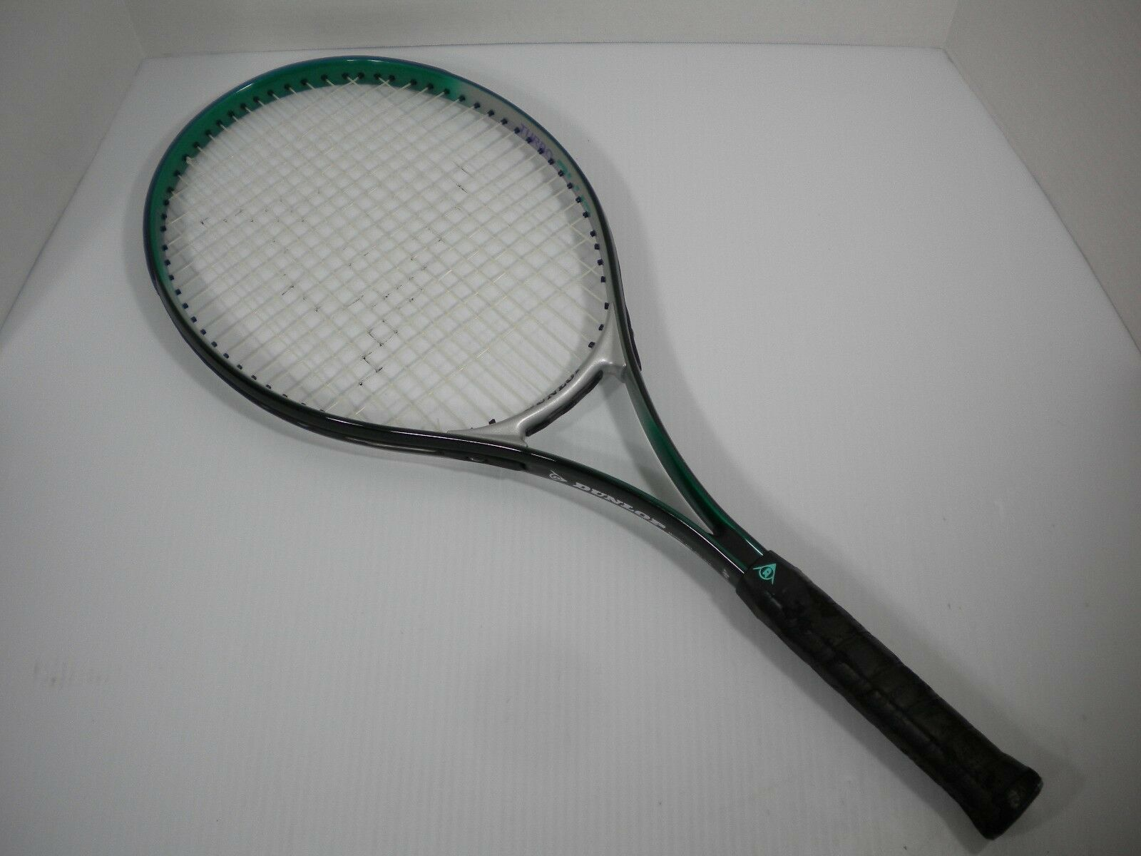 Dunlop Turbo Plus Series Oversize Broad Beam Tennis Racquet 881-620 Grip 4 3 8