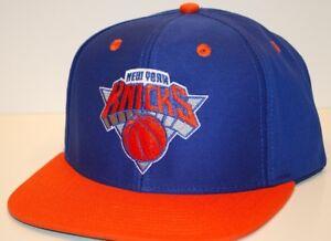 912bdf347 New York Knicks adidas NZ843 NBA Basketball Team Flat Brim Snapback ...