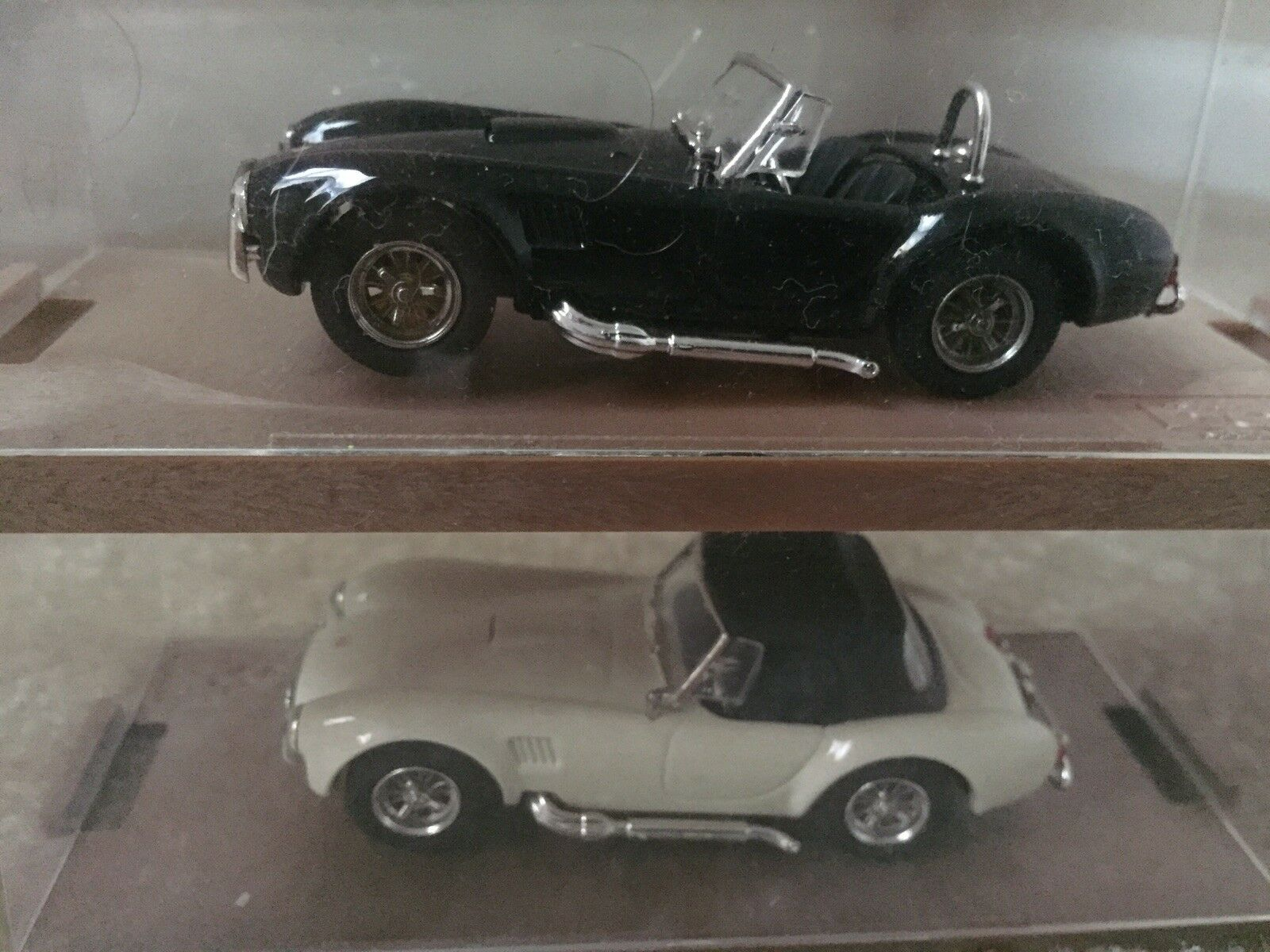 BOX 1 43 Shelby Cobra