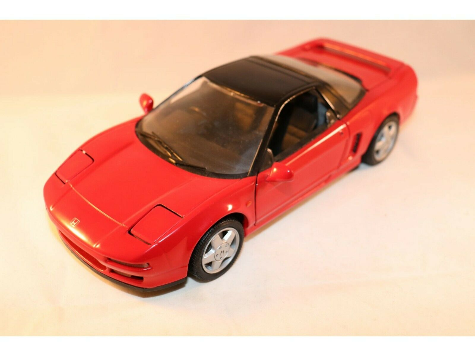 Kyosho 7001 Honda NSX DOHC VTEC 1 18 Red in 99% mint condition