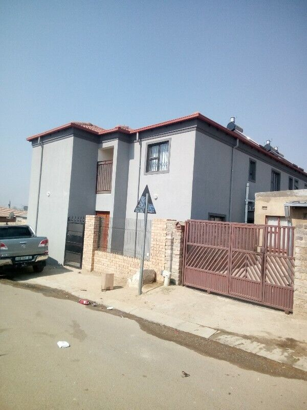 ROOM TO LET IN OLIEVENHOUTBOSCH