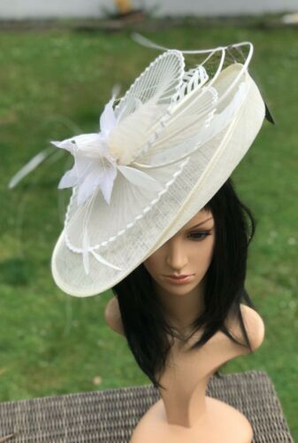 SUZANNE BETTLEY BABY PINK  DISC HATINATOR HAT WEDDING FORMAL OCCASION  FEATHERS