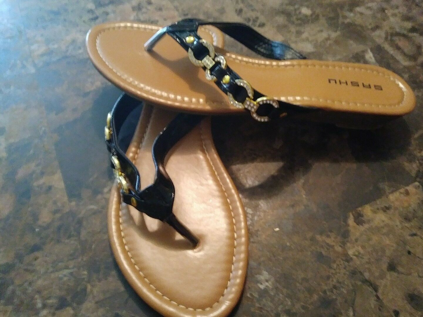 Men's/Women's Women's Medium Sashu Sandal Size 8 the most convenient Medium Women's cost professional design ba53fb